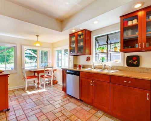Материалы изготовления и дизайн модульных кухонь