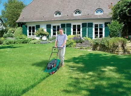 Газонокосилка создает идеальный газон
